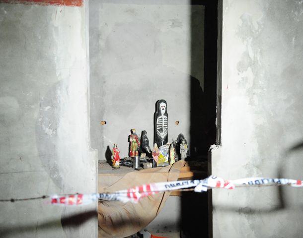 El santuario donde anoche dejaron el cadáver acribillado. (Foto: M: Bustamante)