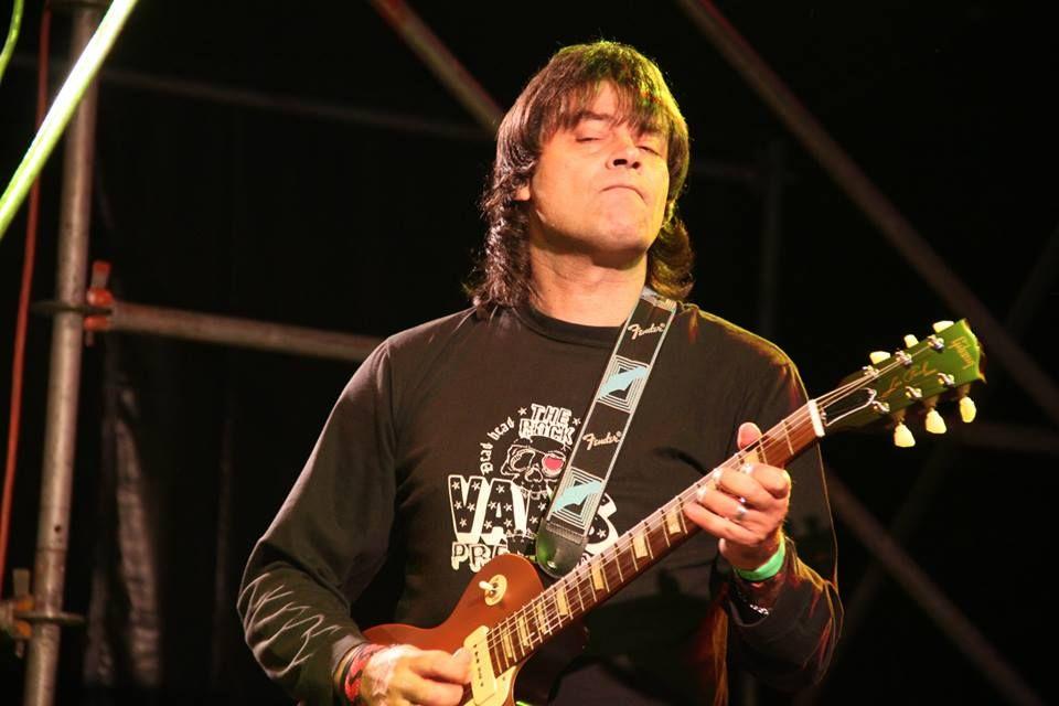 Morelli lleva una carrera musical de más de treinta años.