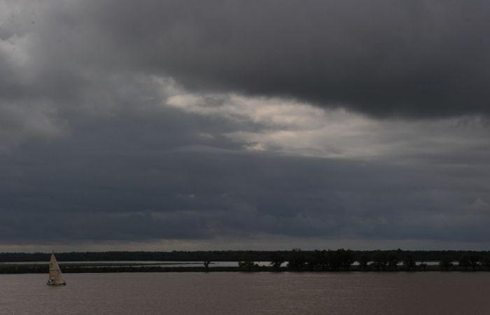 Se viene la lluvia en Rosario y el mal tiempo continuará al menos hasta el miércoles