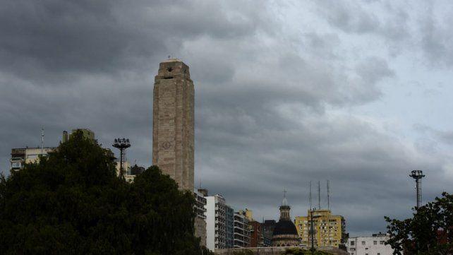 El cielo está encapotado en Rosario.
