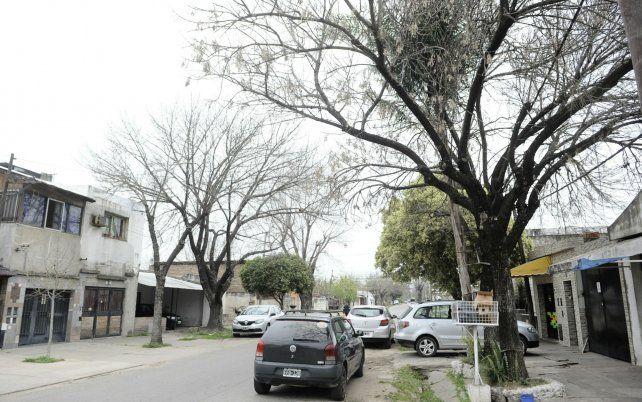 ludueña. El atraco fue el sábado a las 7.30 en Pedro Lino Funes al 200 bis. El ladrón fue apresado a tres cuadras