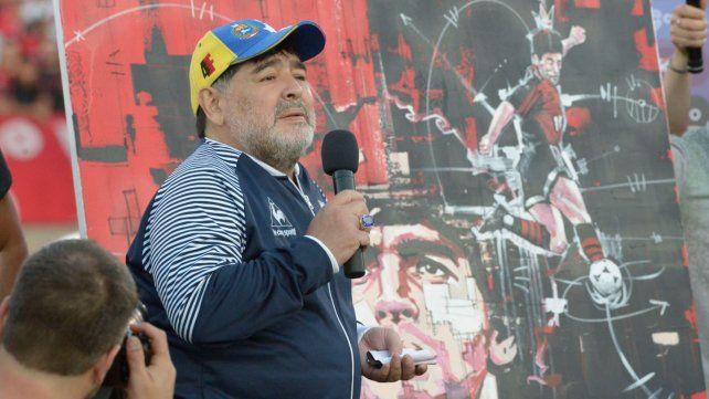 El emocionante discurso de Maradona para los hinchas de Newells