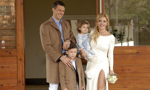 La pareja se casó el sábado en una ceremonia íntima y partieron de luna de miel a Europa.