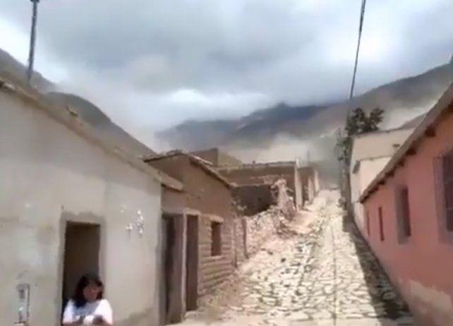 Video: un fuerte sismo sacudió a Salta y Jujuy y produjo derrumbes