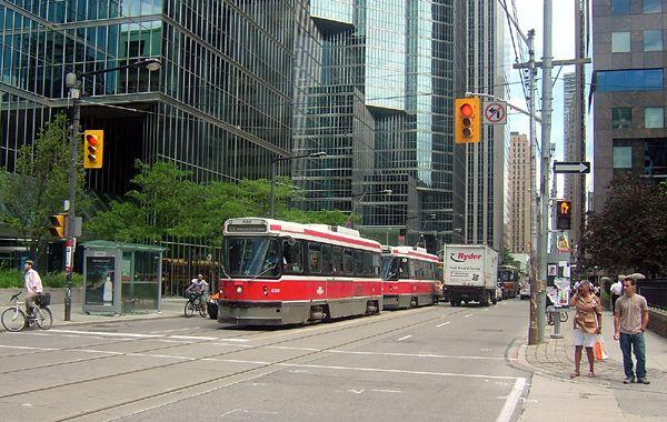 El tranvía. Es uno de los sistemas de transporte que tiene la ciudad.