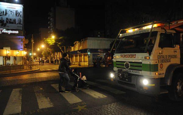 Alarma. El operativo del sábado reavivó el temor de vecinos de Salta y Oroño. (foto: Sebastián Suárez Meccia)