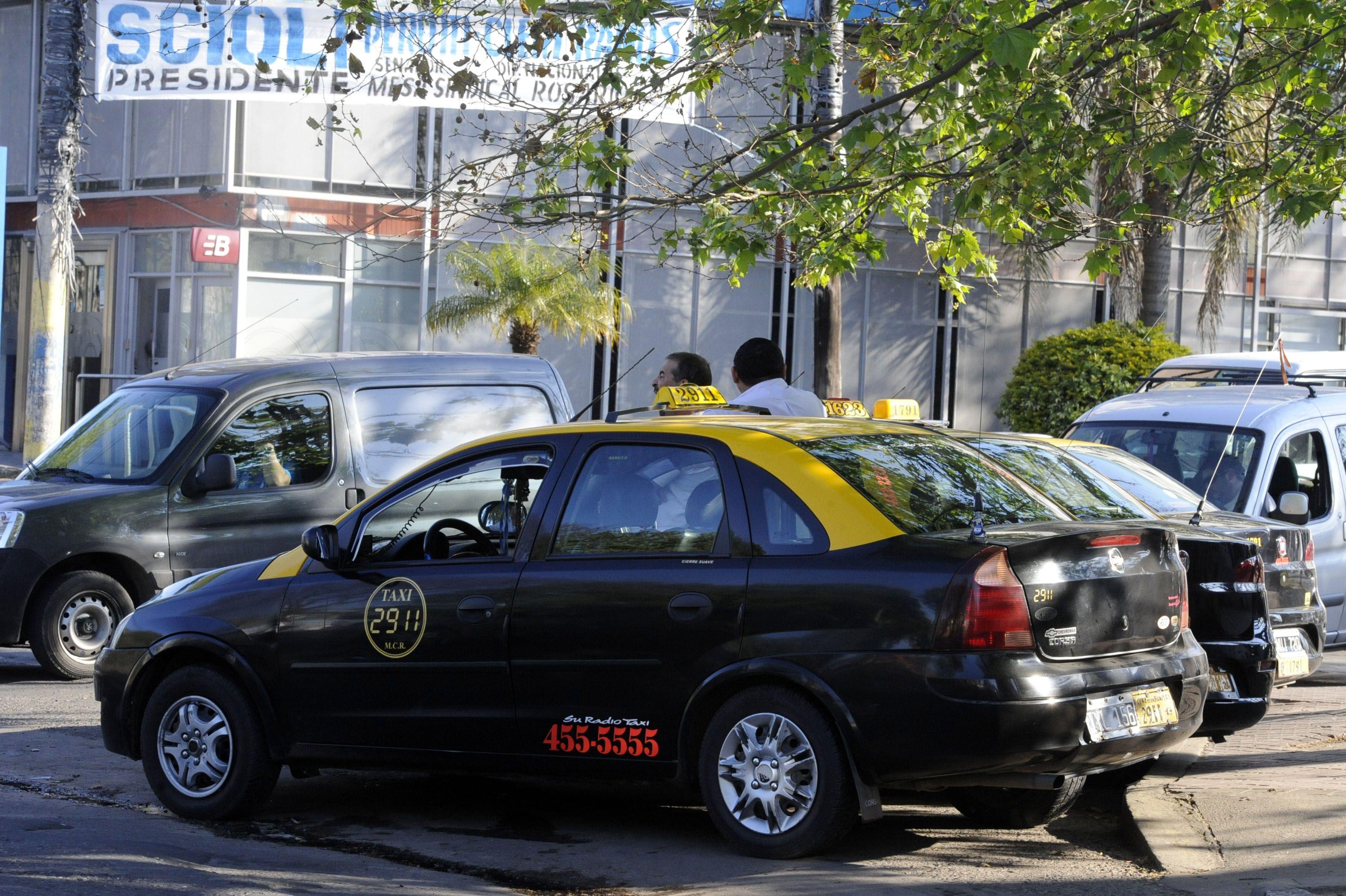 Tras el paro en reclamo de mayor seguridad, los taxis regresaron a las calles