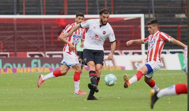 Guanini jugó por primera vez con la camiseta de Newells y mostró que aún le falta.