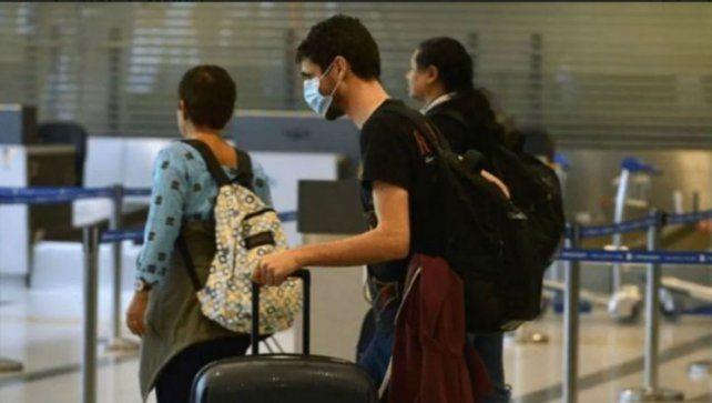 Los turistas de países limítrofes ya pueden ingresar al país.