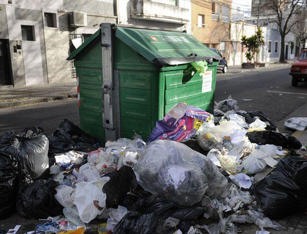 La Municipalidad admitió que se acumularon residuos y se reforzó el servicio tras el fin de semana