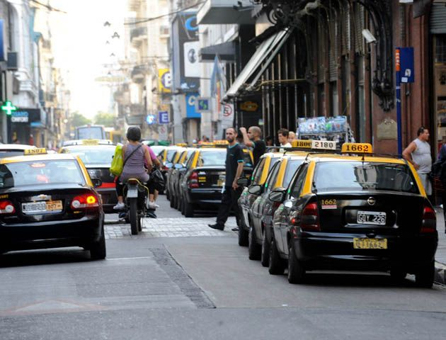 Los nuevos taxis serán un poco más grandes y contarán con sistema de monitoreo GPS