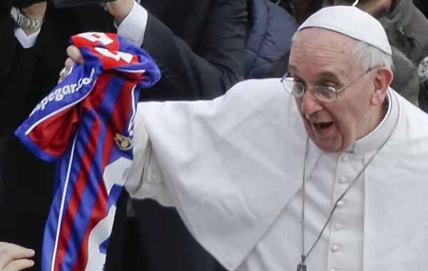 Al momento del partido el papa se encontraba viajando a Corea.
