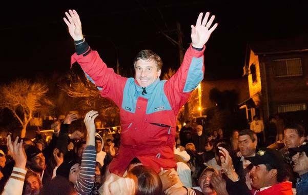 Festejo. El actual intendente Pedretti sacó mil votos sobre Escalante. (gentileza Liticia Martiñena)