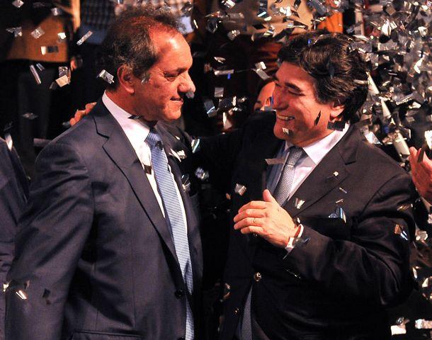 El precandidato presidencial del oficialismo cerró la campaña en Vicente López.