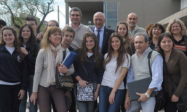 Bonfatti junto a empresarios