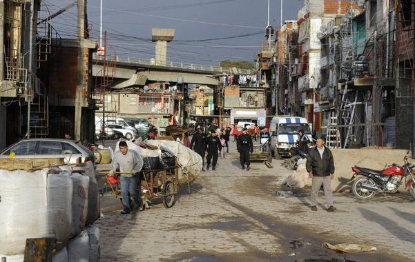 Presencia. En la porteña villa 31 viven 90 mil personas que hoy saben que la policía es la ley y está de su lado.