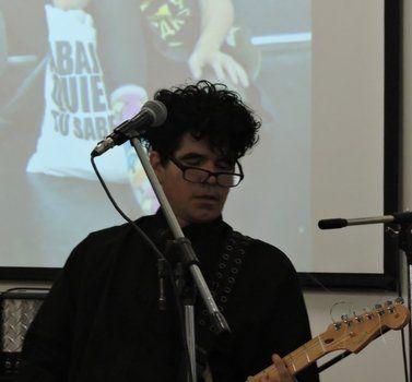 en acción. Gorki Aguila y su banda estuvieron en Buenos Aires. Tocaron y grabaron.