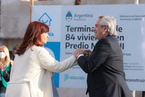 Cristina absolvió a Alberto y a la vez le advirtió: Poné orden, nosotros no necesitamos operadores de prensa