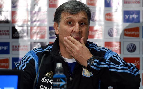 El Tata Martino dijo que es cansador tener que responder sobre Messi