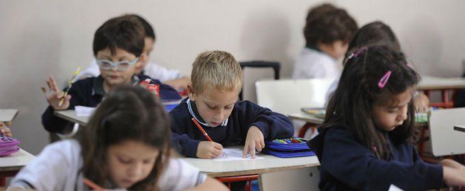 La idea del ministerio nacional es que los alumnos alcancen los 180 días de clases.