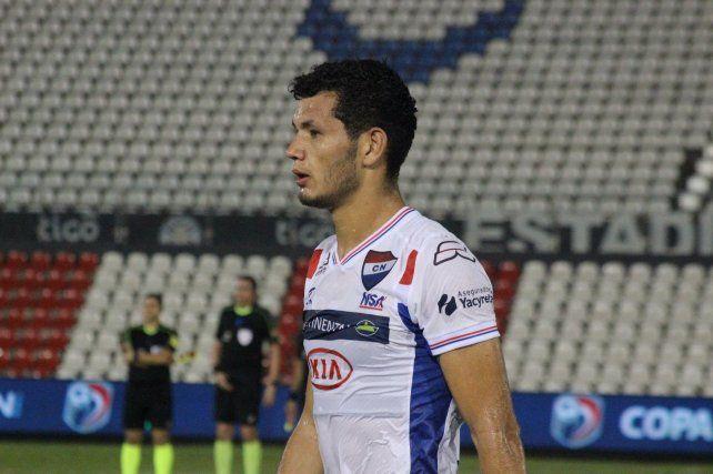 Garay viene de quedar libre en Nacional de Paraguay.