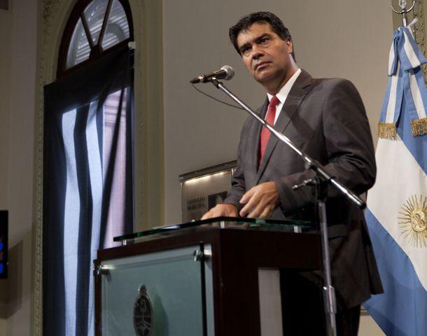 El jefe de Gabinete consideró una intromisión que una delegación internacional investigue la muerte de Nisman.