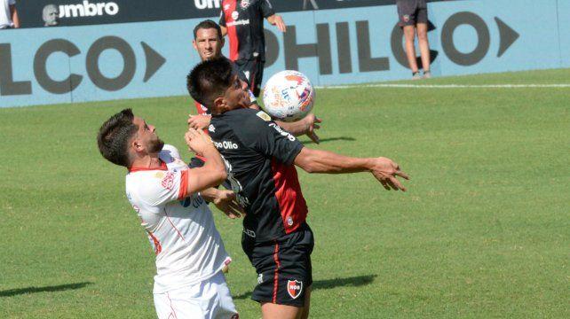 Jonatan Cristaldo había tenido un dolor en el pie durante el partido con Huracán.