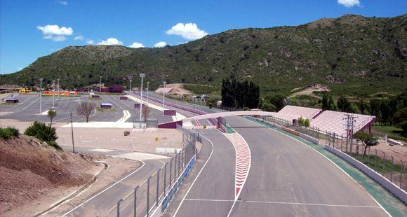 F1: San Luis ofreció a la presidenta el circuito de Potrero de los Funes