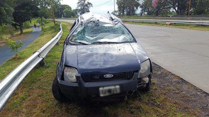 Así quedó el vehículo tras protagonizar el vuelco