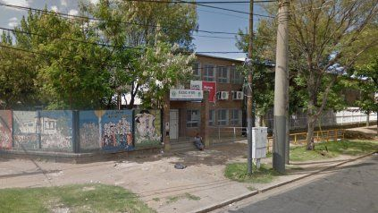 La escuela secundaria Julieta Lanteri, ubicada en la zona oeste de Rosario, fue blanco una vez de la delincuencia.