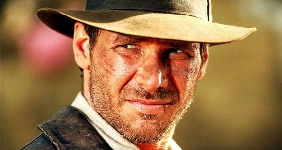 Harrison Ford se vuelve a probar el sombrero de Indiana Jones