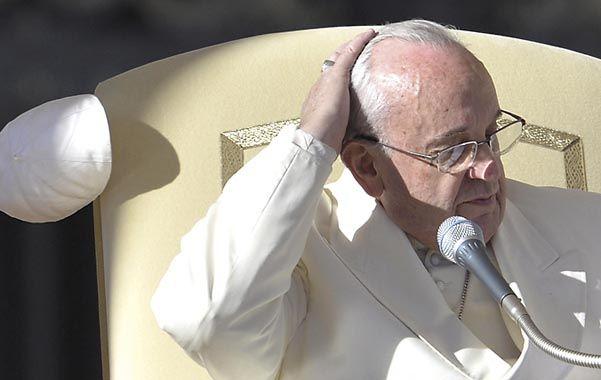 Percance. El viento le arrancó el solideo al Papa en la plaza de San Pedro.