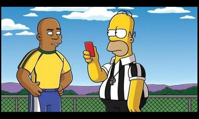 Homero se transforma en protagonista al no sancionar un penal a favor de Brasil.