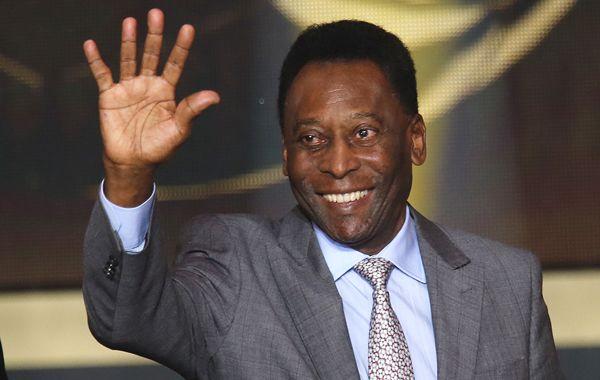 Un papelón de la CNN: en un programa dieron por muerto a Pelé y tuvieron que salir a pedir disculpas