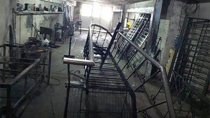 El taller de barrio Alvear donde fue atacado mortalmente Ramón Fretes.