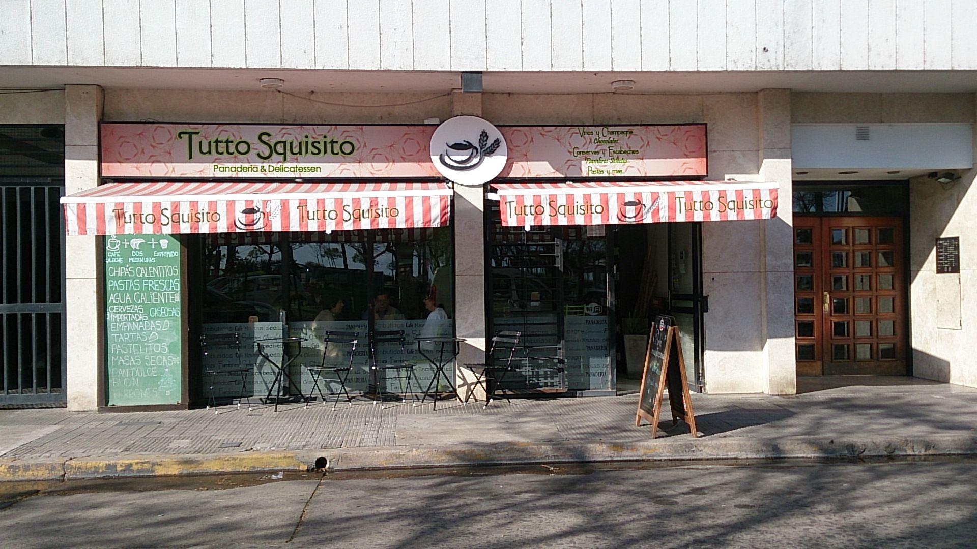 El delincuente se llevó unos 3500 pesos de la panadería del Güemes al 1800. (Foto: Celina Mutti Lovera / La Capital)
