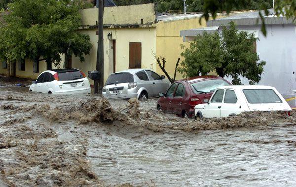 El temporal comenzó durante la madrugada y se extendió hasta esta mañana con registros de agua caída que variaban entre los 150 y los 250 milímetros.