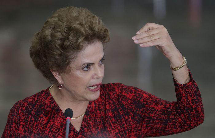 En el audio Dilma le dice a Lula que le envía un papel para usar solo en caso de necesidad: es el nombramiento como ministro jefe del Gabinete Civil.
