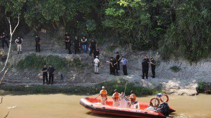 Prefectura rescató las bolsas en las que fueron descartadas las partes del cuerpo de la docente jubilada. (Foto de archivo)