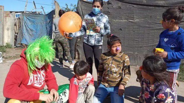En el barrio qom de Travesia el Dia de las Infancias se festejó un día antes de manos de la asociación civil Fijando Miradas.