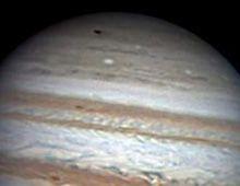 Un objeto más grande que la Tierra impactó sobre Júpiter