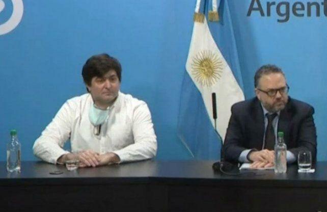 Gabriel Delgado junto al ministro deProducción de la Nación