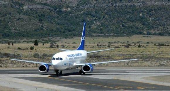 Proponen al Reino Unido que Aerolíneas pueda volar a Malvinas