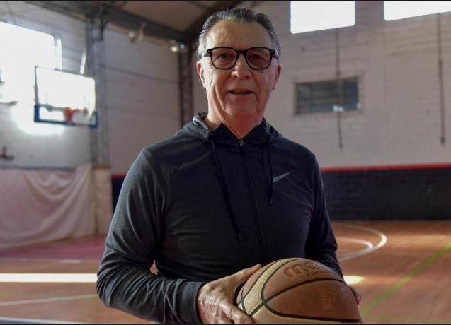 Este seleccionado te emociona, aseguró Rubén Magnano, el técnico campeón olímpico en Atenas