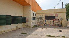 En la Escuela ARA General Belgrano, de barrio Las Flores, entraron a robar nueve veces en lo que va de la pandemia.