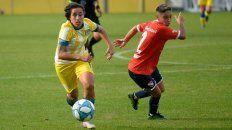 Seguramente con la goleadora Erica Lonigro entre las 11, Central visitará el lunes a Excursionistas en Buenos Aires.