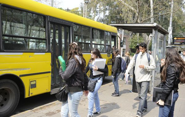 Impacto en el bolsillo. El último aumento del boleto de ómnibus en Rosario
