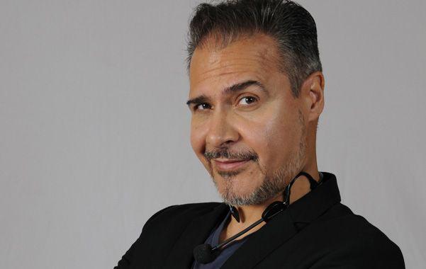 El actor que se impuso con su particular estilo de humor en programas como Badía & compañía y La TV ataca disparó contra la televisión actual y rescató el renacimiento del stand up.