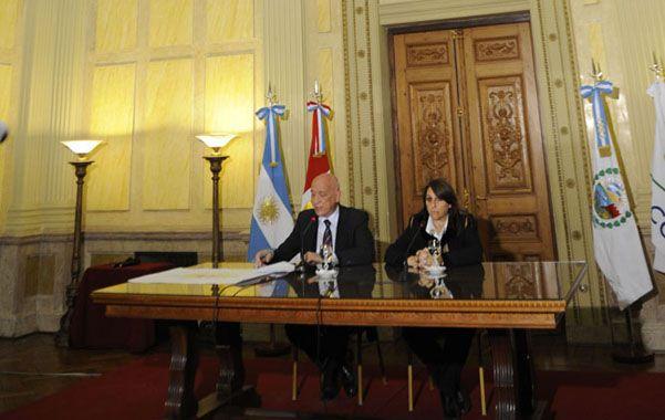 Prioridades. Antonio Bonfatti y Mónica Fein describieron los pasos a seguir.