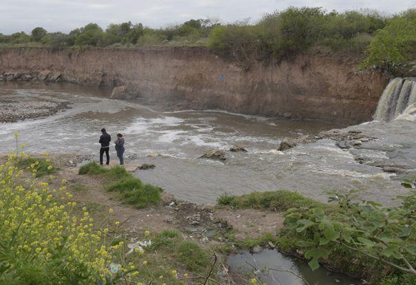 Riesgo. La zona del curso de agua donde en agosto pasado se inició un operativo de traslado.